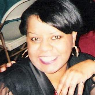 Linda Taylor (@LYNDEELOU2) Twitter profile photo