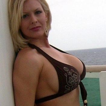 cindy escorts indian milf escort