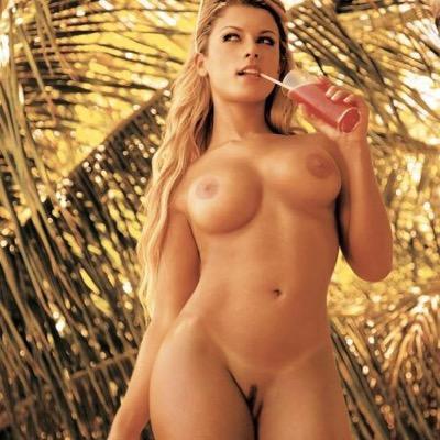 фото про голых моделей