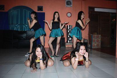 Sext dance
