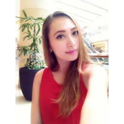 ALinka jasmine P.