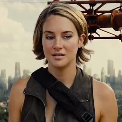 tris prior Posts about tris prior written by readgeek hey it's the third day of geekmas and here i have a review i've been holding back for a while.