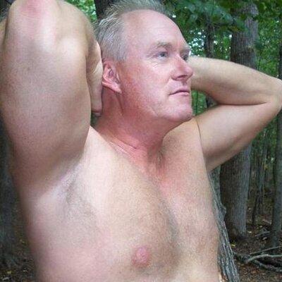 Greyfoxlounge daddies gay