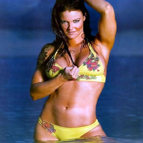 Amy bikini dumas in 11