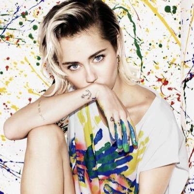 Miley Cyrus Updates On Twitter The Next Stop For The Bangerz World Tour Is First Direct Arena In Leeds Uk Get Ready Http T Co 3fv1le1n7y