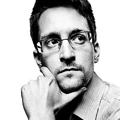 Edward Snowden's Twitter photo