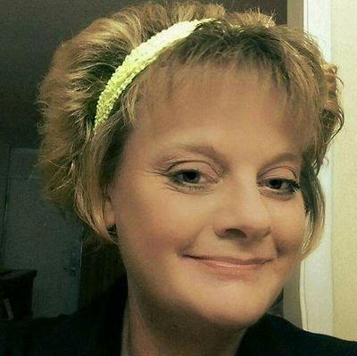 Debbie Cox (@eyeswideglazed) | Twitter