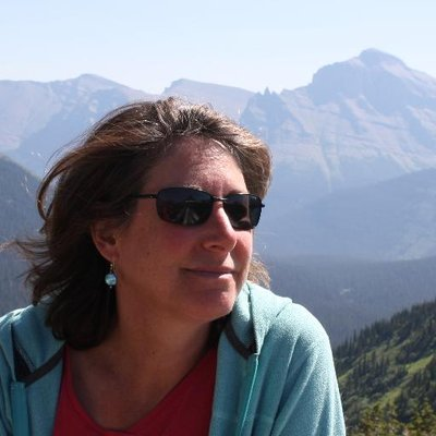 Laurie Goodstein | Social Profile