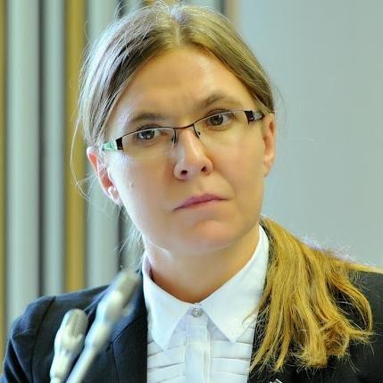 Justyna Szczudlik诗丽娜