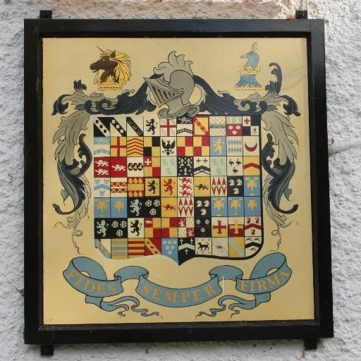 Carington Arms