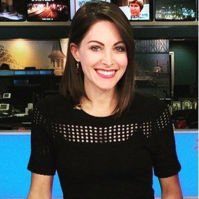 Christina Mora Dettman (@_ChristinaMora) Twitter profile photo