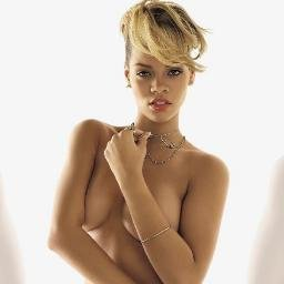 Rihanna naked photos