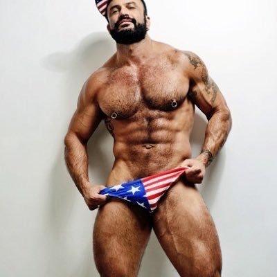 Muscle Hunks & Bears (@gporn08) | Twitter