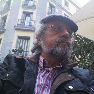 "Jacinto L G Santiago <a href=""https://twitter.com/Jacintoluisgs"" class=""twitter-follow-button"" data-show-count=""false"">@Jacintoluisgs</a>"