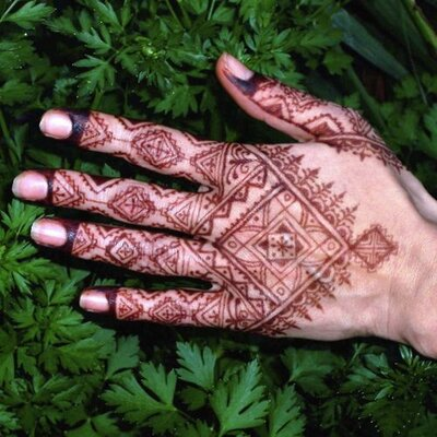 Jen Henna Muse On Twitter A Simple Sunflower Henna At The