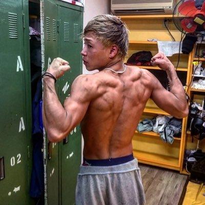キッド 筋肉 山本 低身長こそ筋肉を磨け!エスメンの見た目を変えるのは肩幅。