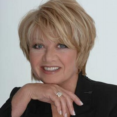 Elaine Paige Net Worth