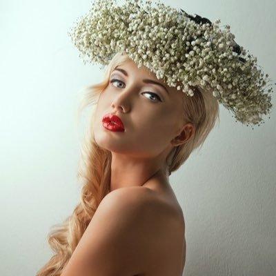 Ищу фотографа краснодар социально радикальная девушка модель социальной работе