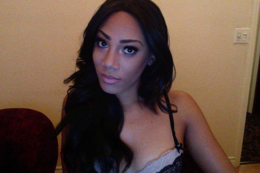 ebony adult webcam