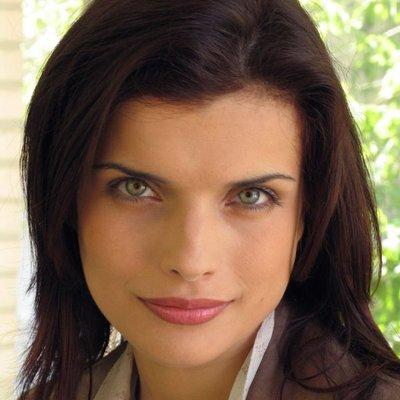 Anna Azarova