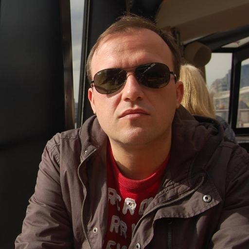 Vinicius Moura (@vinijmoura)