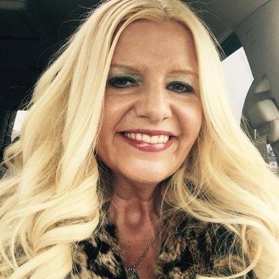 Shelley Schmidt (@codycassi) Twitter profile photo