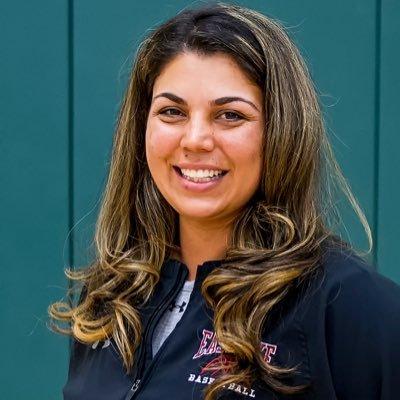 Sara Goldie (@coach_goldie) Twitter profile photo
