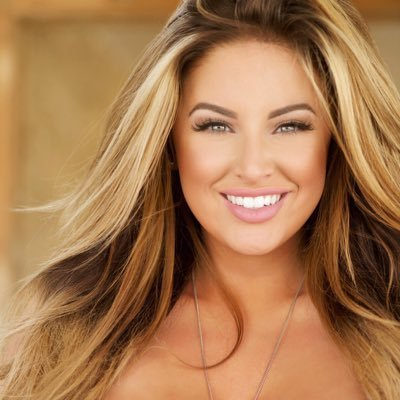Ashley Alexiss Social Profile