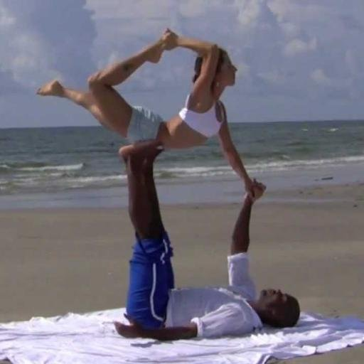 Yoga Poses 2 Person On Twitter Two Person Acro Stunts Gymnastics So Easy Https T Co 4nrap5teqq Yoga Couple Couples Https T Co Jfgdobzl1f