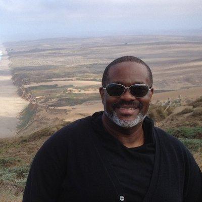 Edward Kelsey Moore (@edkmoore) Twitter profile photo