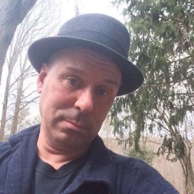 Christopher Arnott on Muck Rack