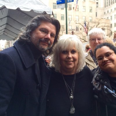 (I am NOT Ron and Terry!) Fan Acct. for the love of Outlander & Outlander's Powerfully Sweet Couple Ron D. Moore & Terry Dresbach. And Starz. Admin. by Peggy S.