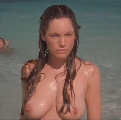 Celebertys Nude 17