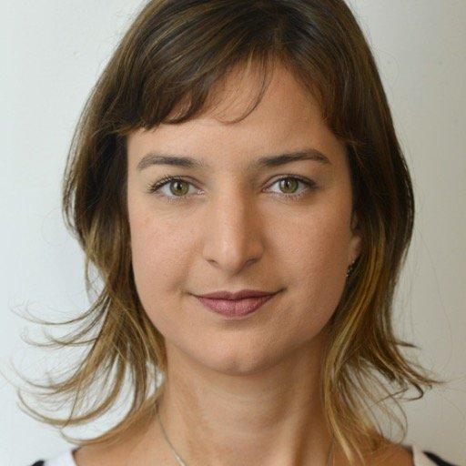 Júlia Dias Carneiro