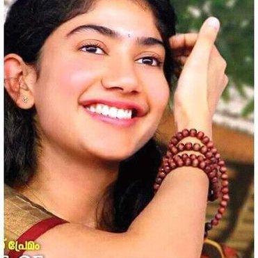 Mathivanan On Twitter Cute Kavithai Thajmahal Munnal Irupathu