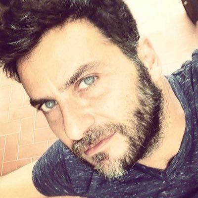 Federico Bitti On Twitter In Lacrime Guardando 13 Reasons Why