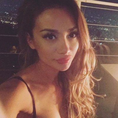 Tom Kaulitz's ex-wife Ria Sommerfeld taking a selfie