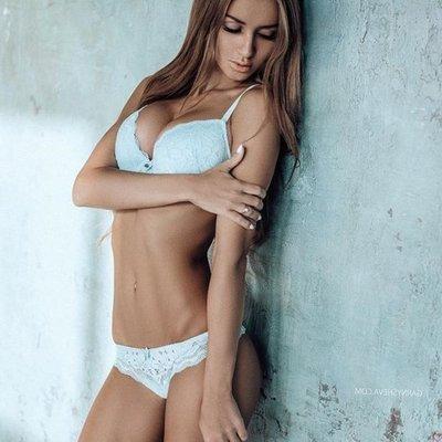 Amanda wright bikini