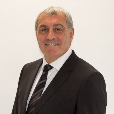 "Peter Shilton on Twitter: ""Maradona was the greatest footballer I ever  played against without question, it's so sad that in recent years he  suffered with health and addiction my thoughts go out"