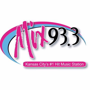 Mix 93.3 Social Profile