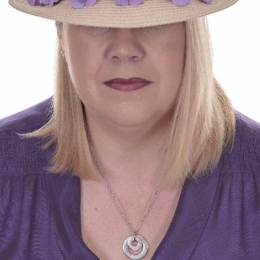 Elaine R Chissick