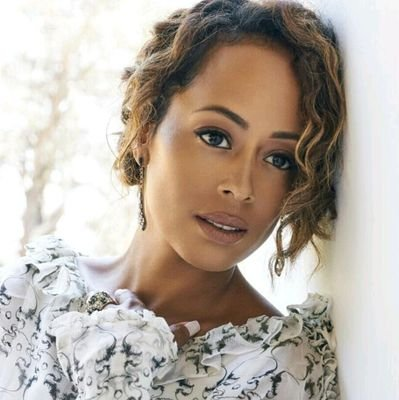 Essence Atkins Social Profile