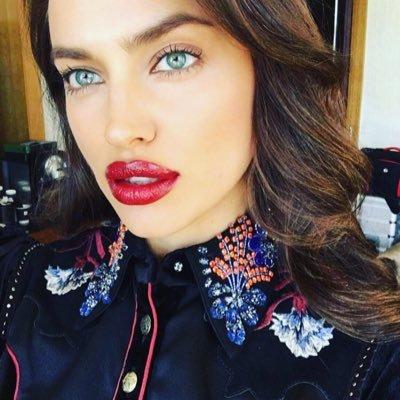 Irina shayk selfie think, that