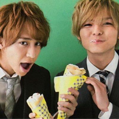 友人代理 Hey!Say!JUMP DEAR. 横浜アリーナ8月13日2部 センター10or11 2連 定価+手数料でお譲りします。 確率UP有ります。(DMにて)RT→フォローで参加完了