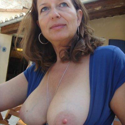 With Big Milfs Tits Older