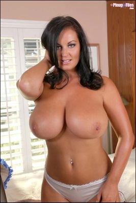 tits randall Sarah nicola