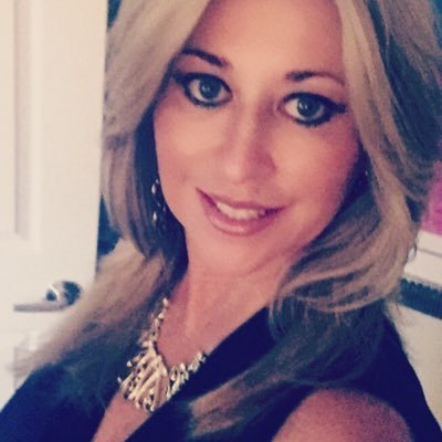 Ellen Hodges Huff (@destinellen) Twitter profile photo