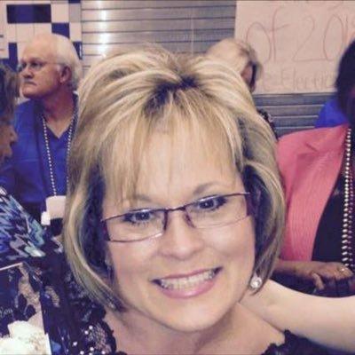 Lynn Andrews (@lynnandrewsiisd) Twitter profile photo