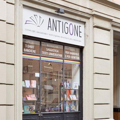 @BooksAntigone