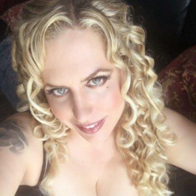 Melantha Blackthorne Nude Photos 16